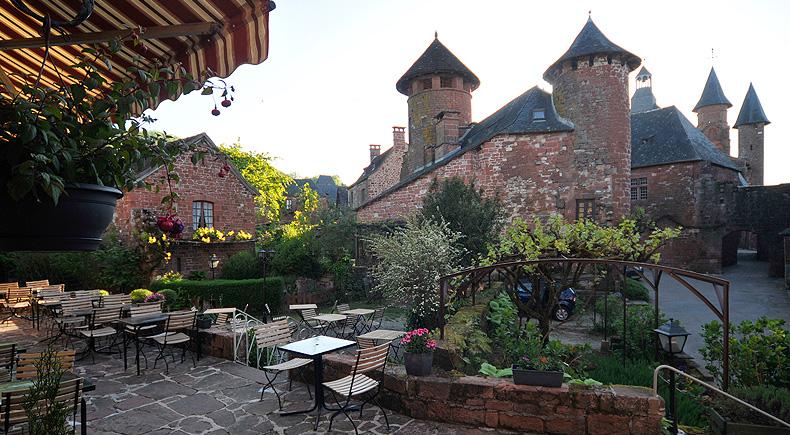Collonge La Rouge Hotel Restaurant